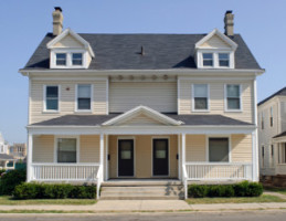 Can I Afford to Be a Landlord in Smithtown?